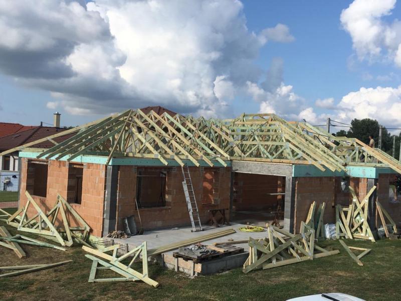 A szeglemezes tetőfedés előnyei